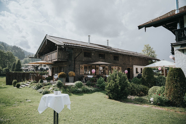 Das ist die Hochzeitslocation Wilhelmy am Tegernsee.