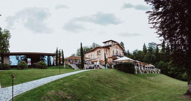 Das ist das La Villa am Starnberger See.